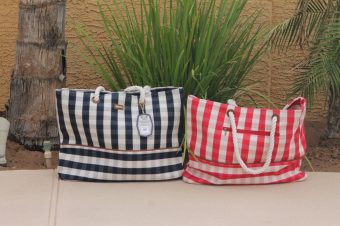 This plaid bag is made of the finest material and is beautiful and reliable for all of your fun and demanding boating excursions